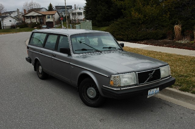 1990 volvo 240 dl mpg