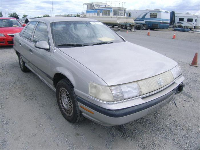 1990 Mercury Sable #3