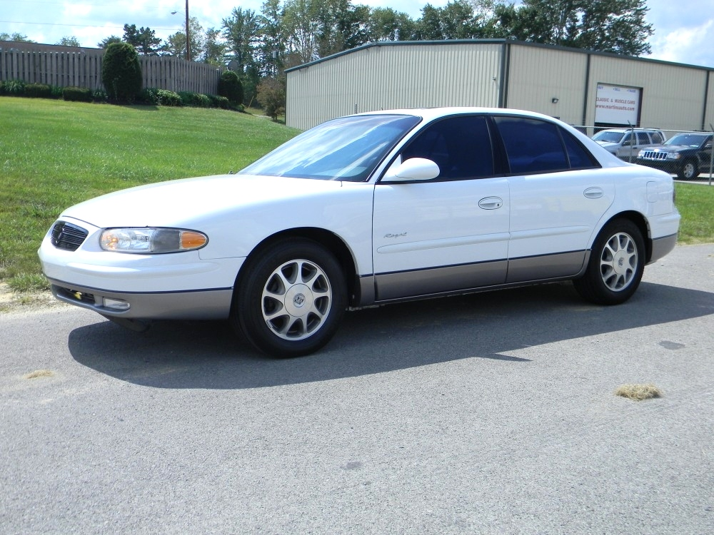 1998 Buick Regal #1
