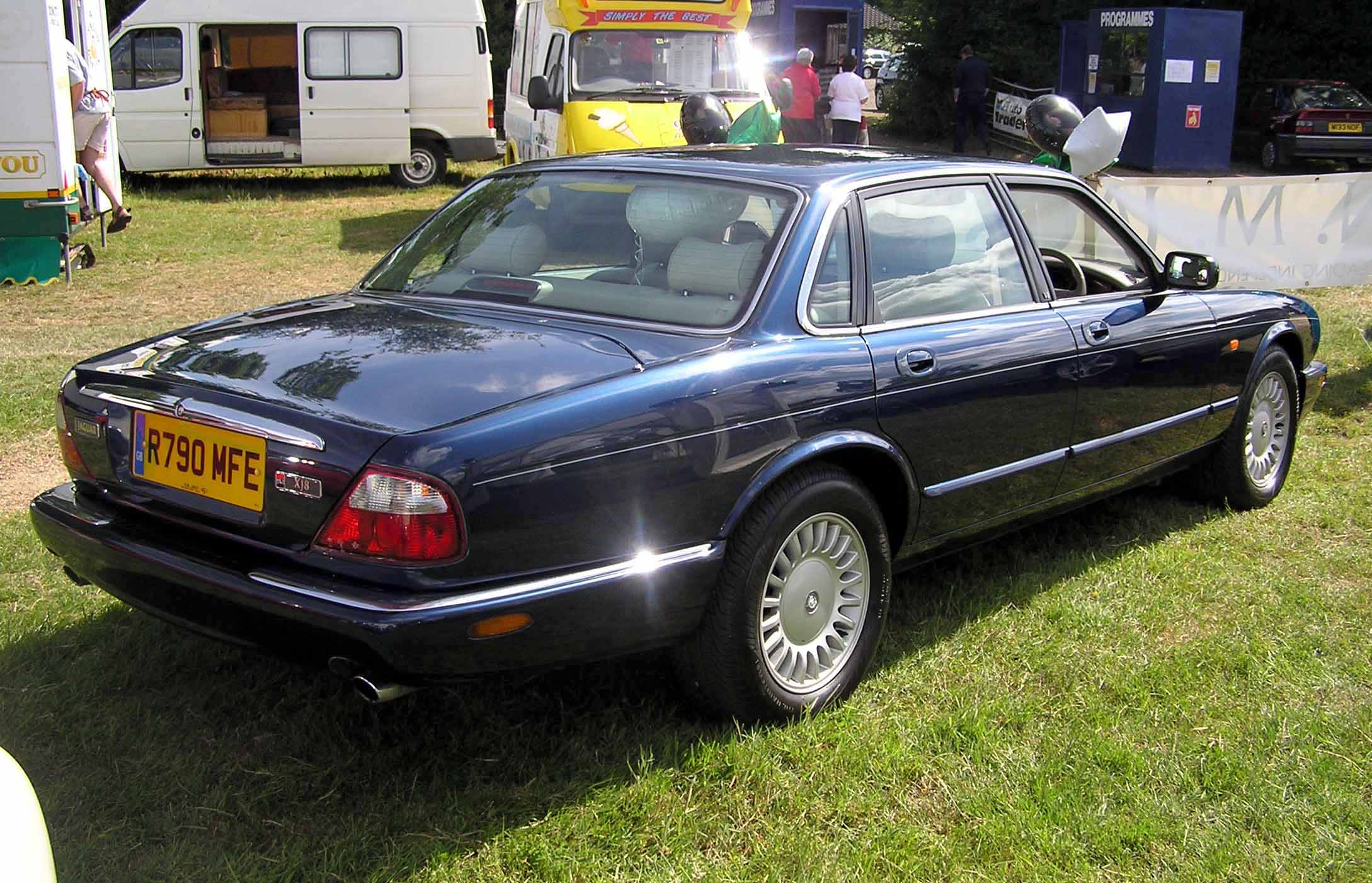 2000 Jaguar Xj-series #12