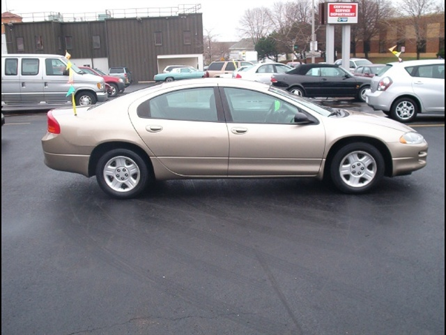 2003 Dodge Intrepid #1