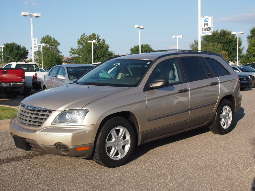 2005 Chrysler Pacifica #5