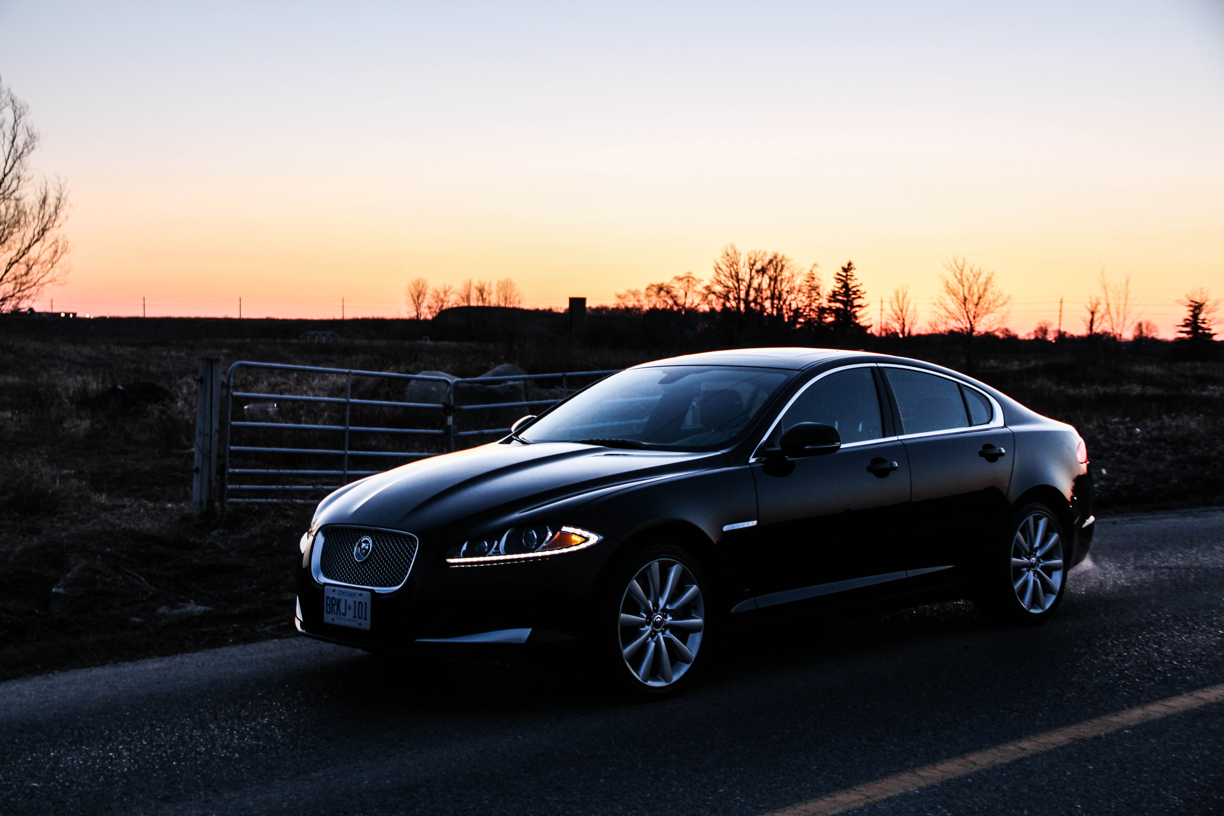 improved and jaguar rp engines xj autobiograph infotainment refreshed
