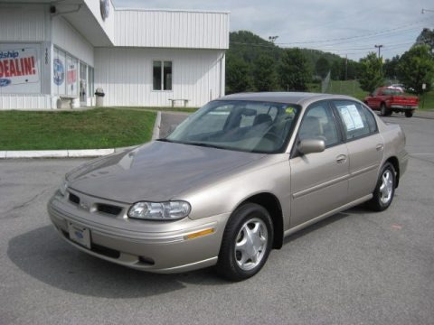 1997 Oldsmobile Cutlass #9