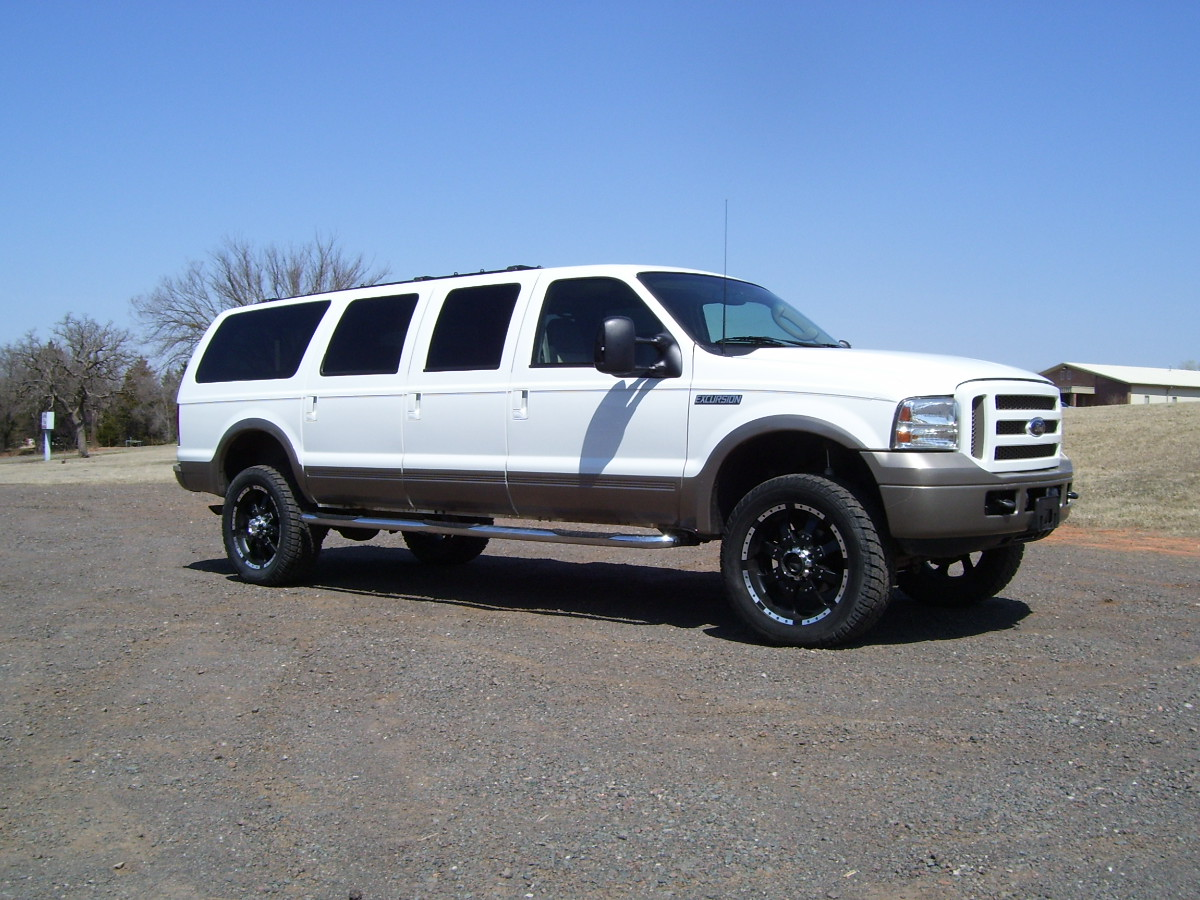 2005 Ford Excursion #13