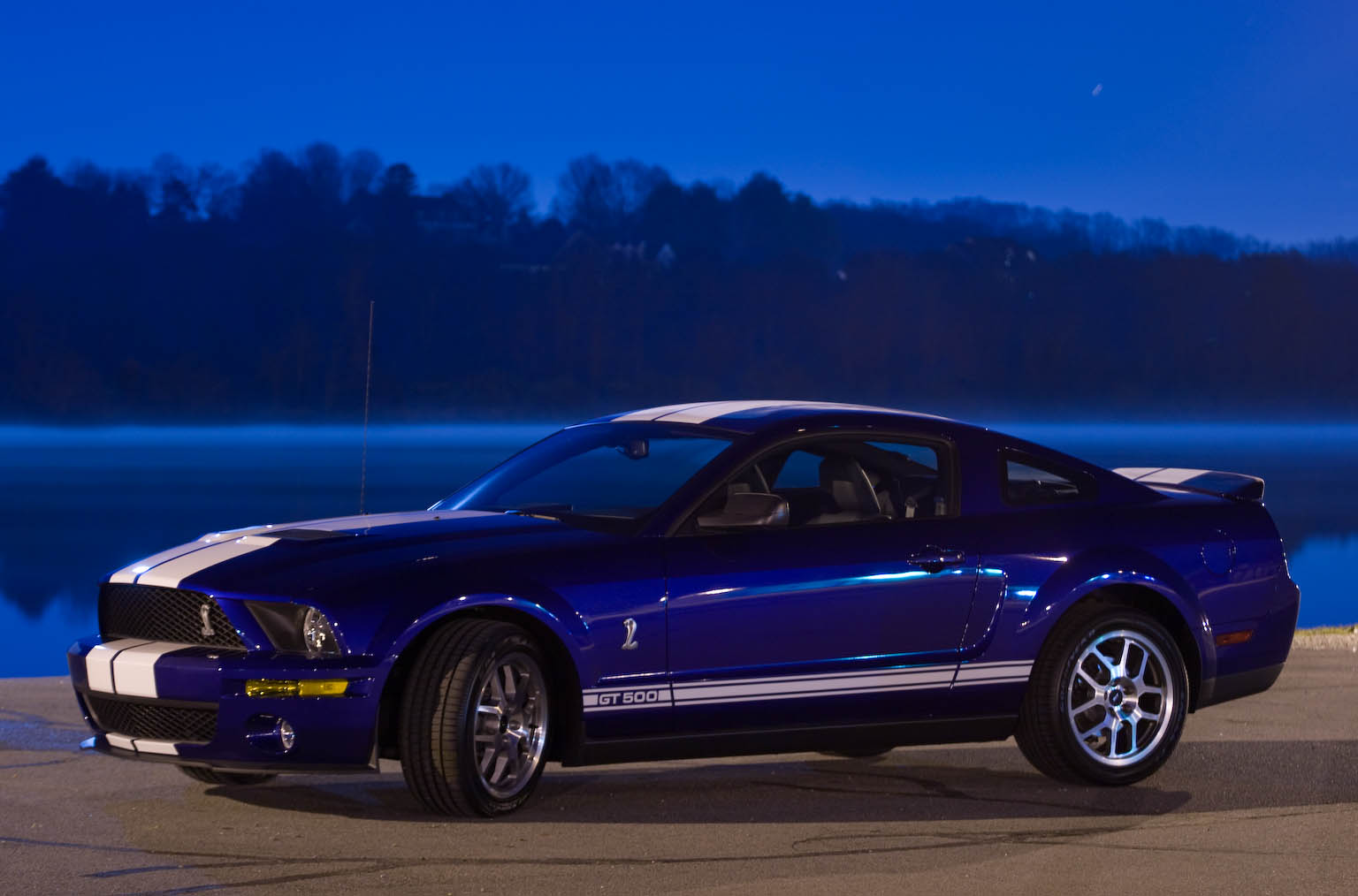 2009 Ford Shelby GT 500 #3