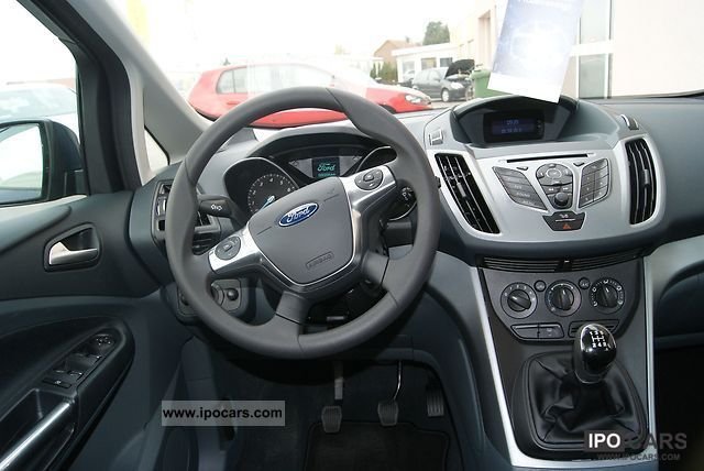 2012 Ford C-Max #18