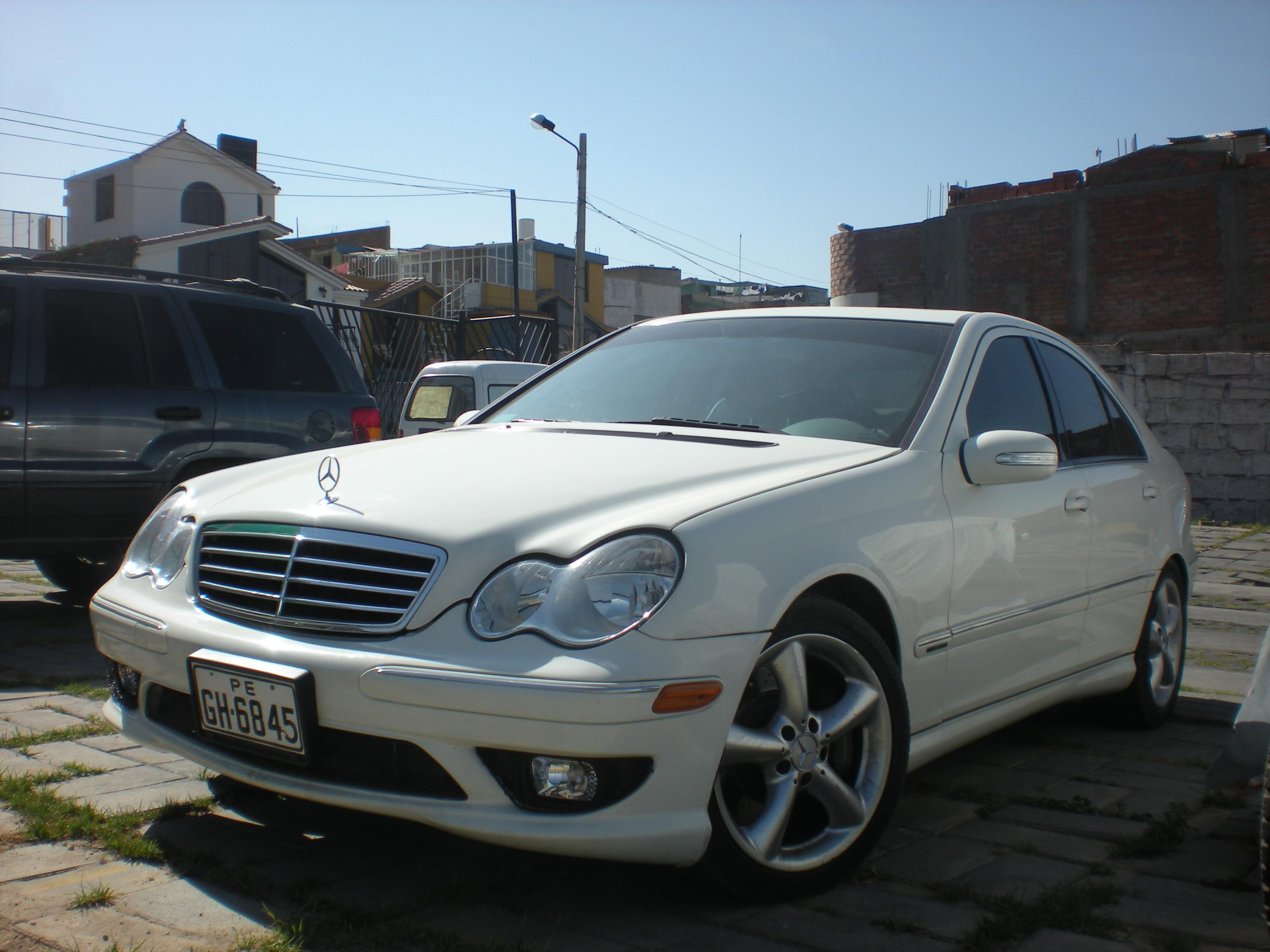 2006 mercedes benz c photos informations articles for 2006 mercedes benz for sale
