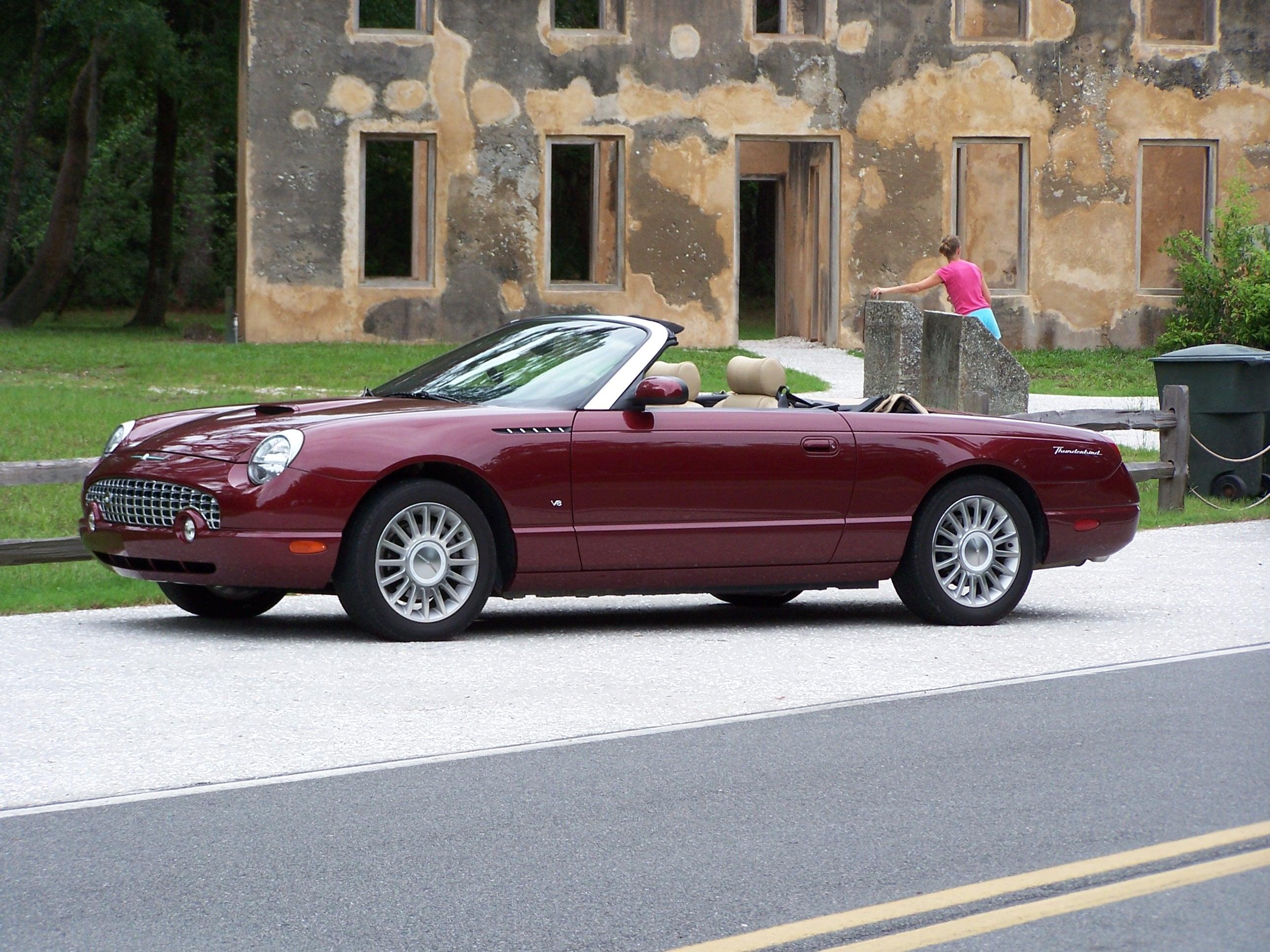 2004 Ford Thunderbird #13