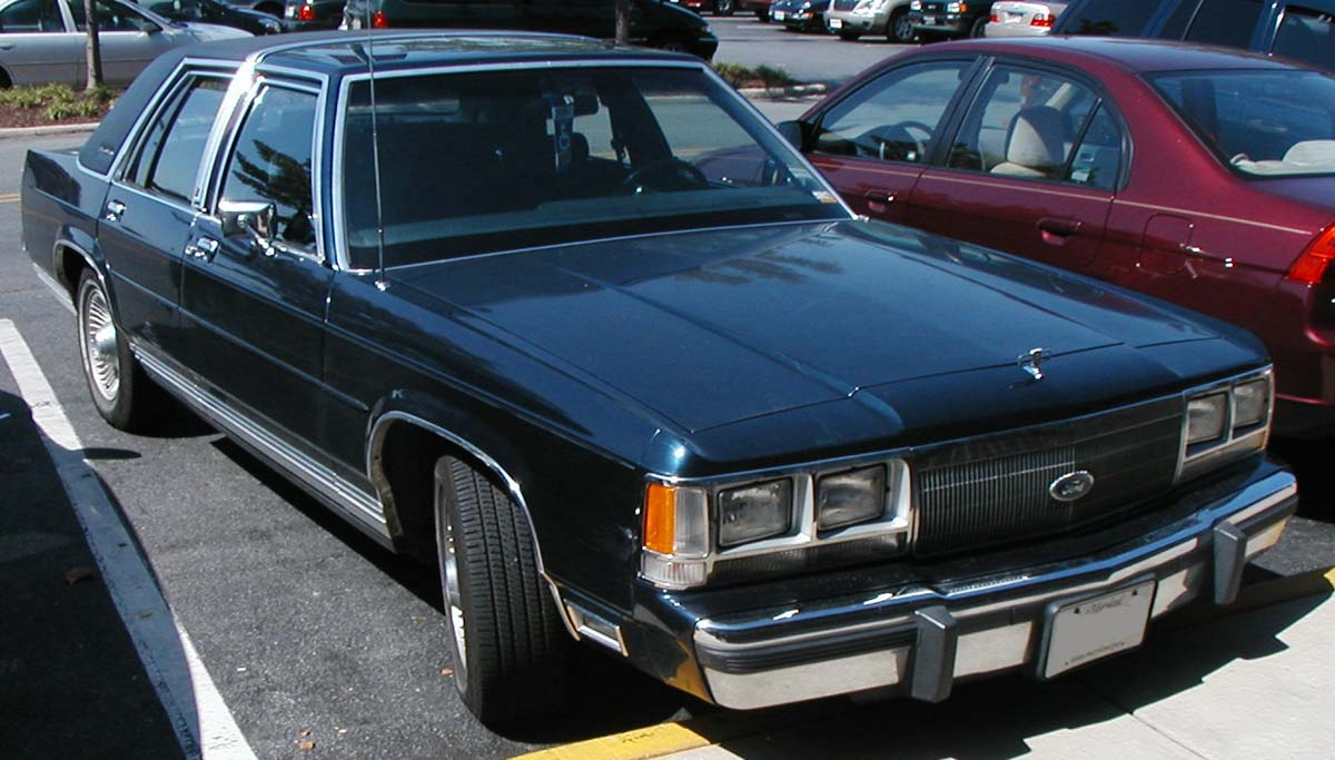 Ford Ltd Crown Victoria #8