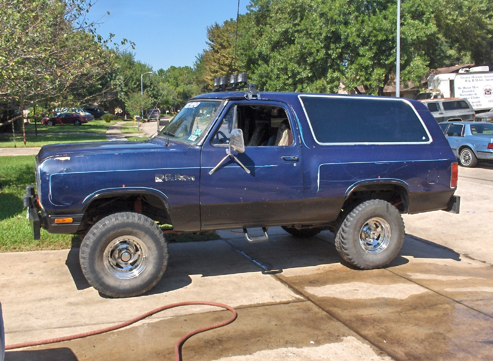 1992 Dodge Ramcharger #9