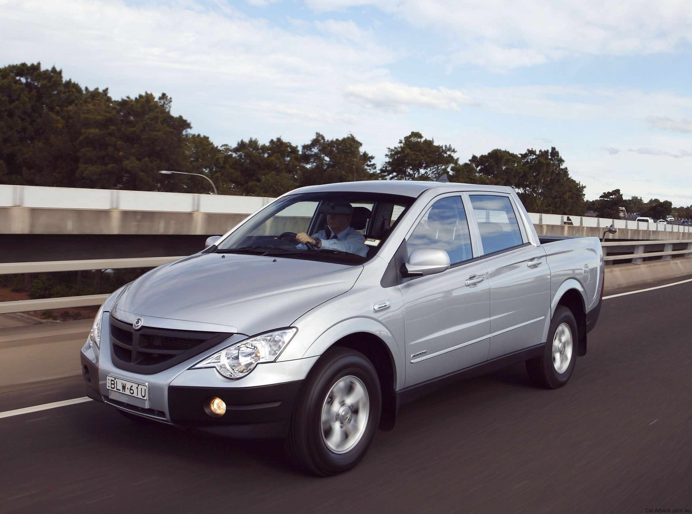2010 Ssangyong Actyon #6
