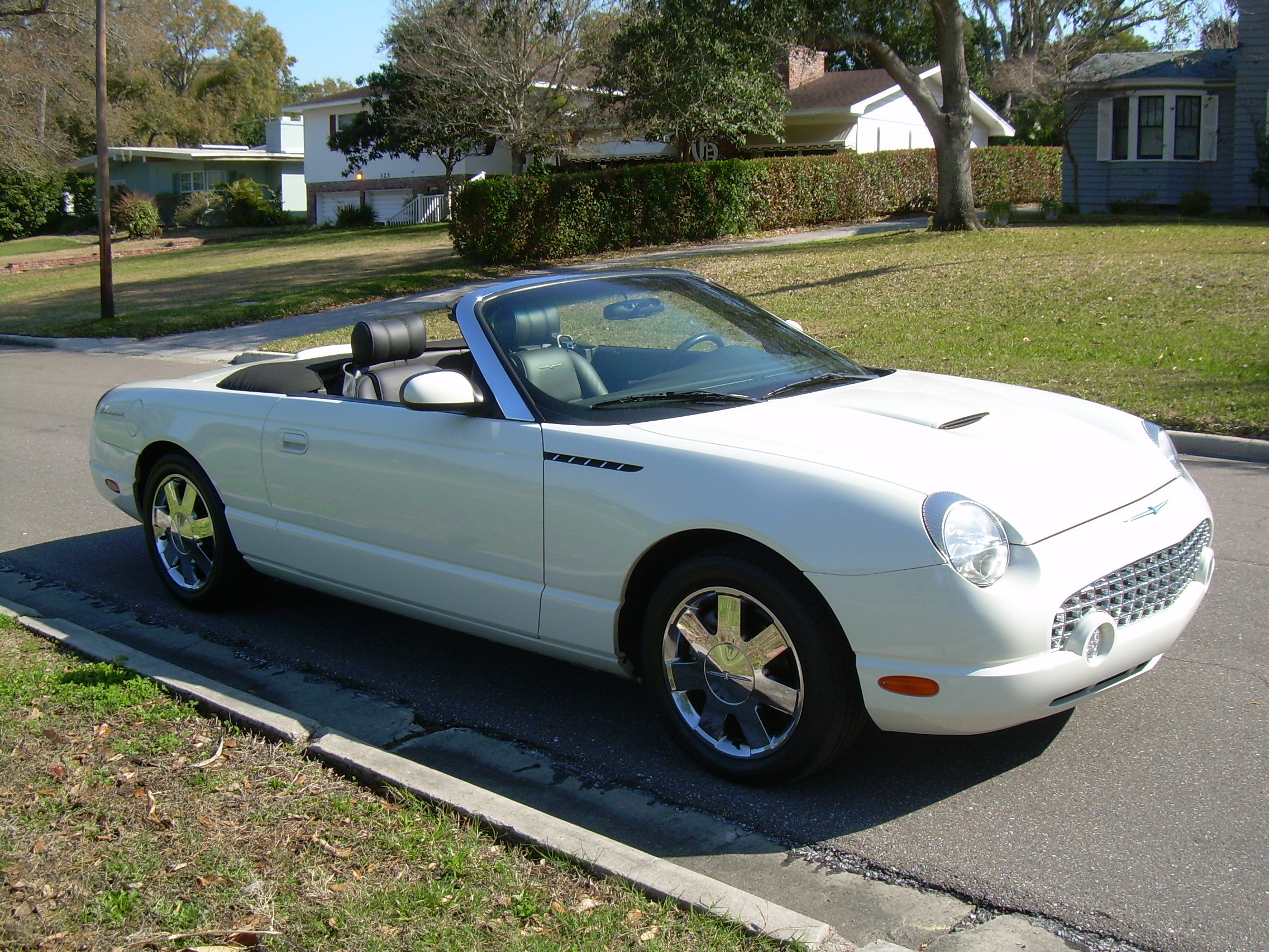 2002 ford thunderbird photos informations articles. Cars Review. Best American Auto & Cars Review