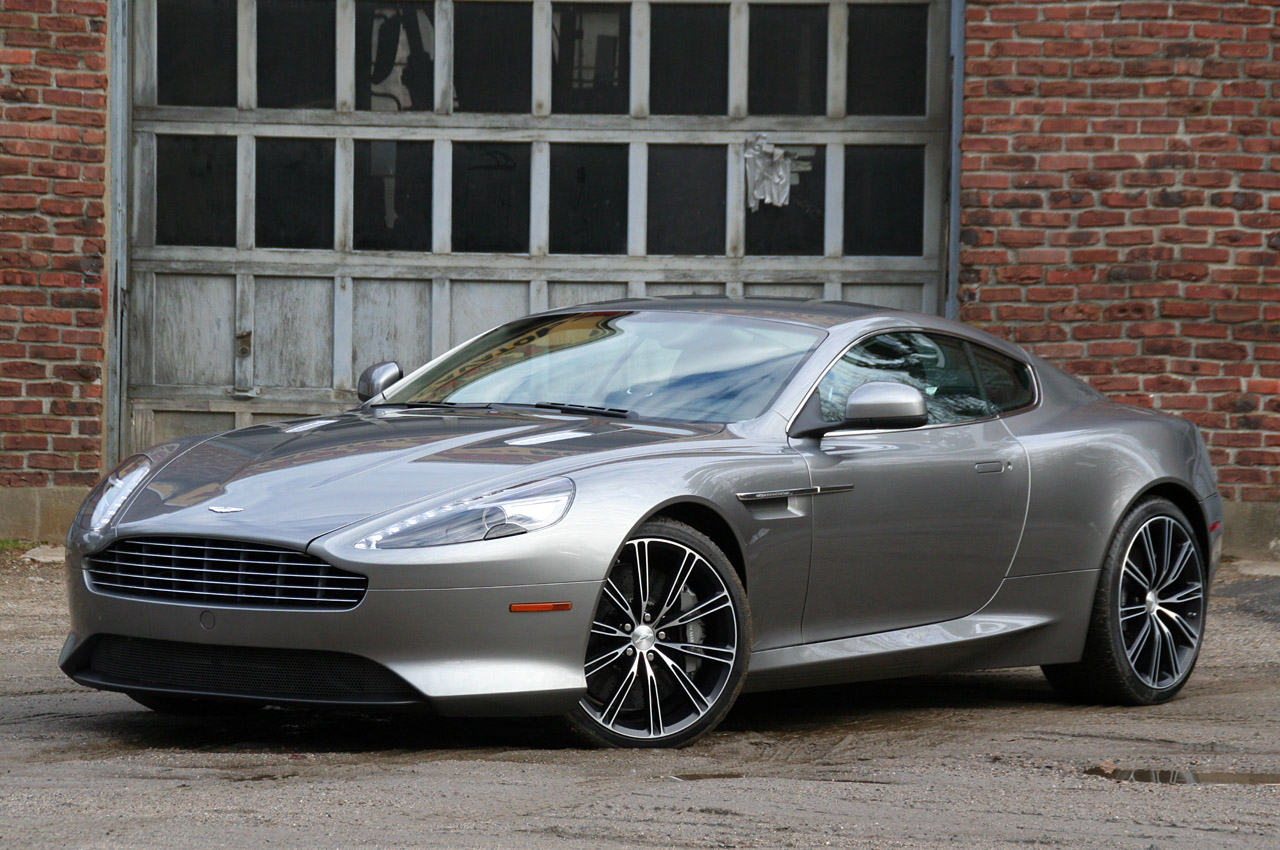 Aston Martin Virage #1