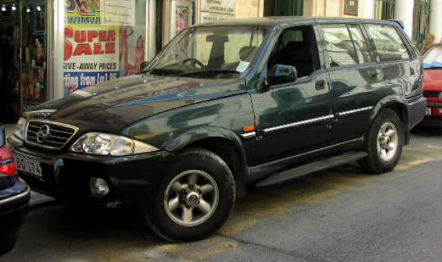 2001 Ssangyong Musso #16