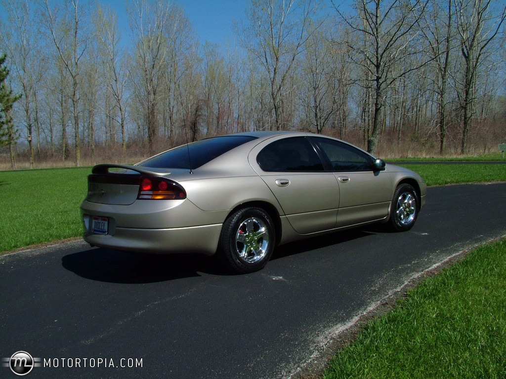 2004 Dodge Intrepid #10