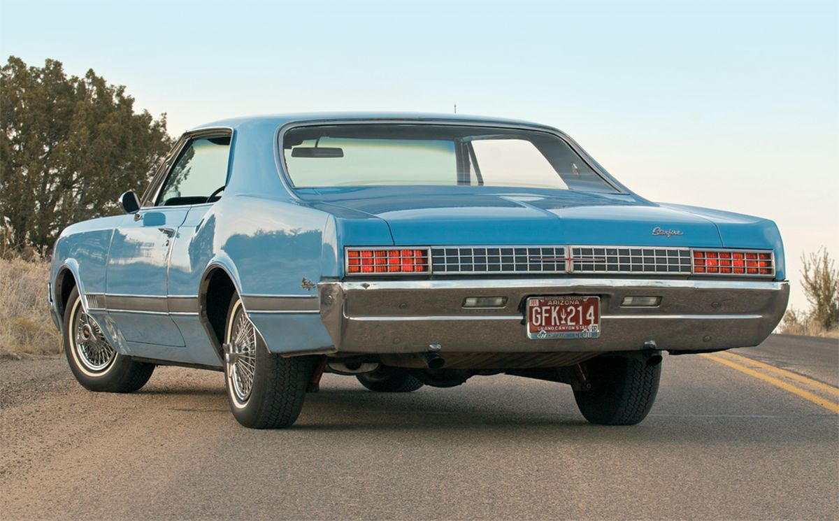 1966 Oldsmobile Starfire Photos Informations Articles