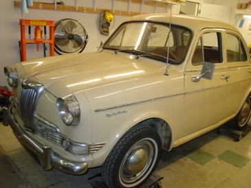1959 Riley One-Point-Five #18