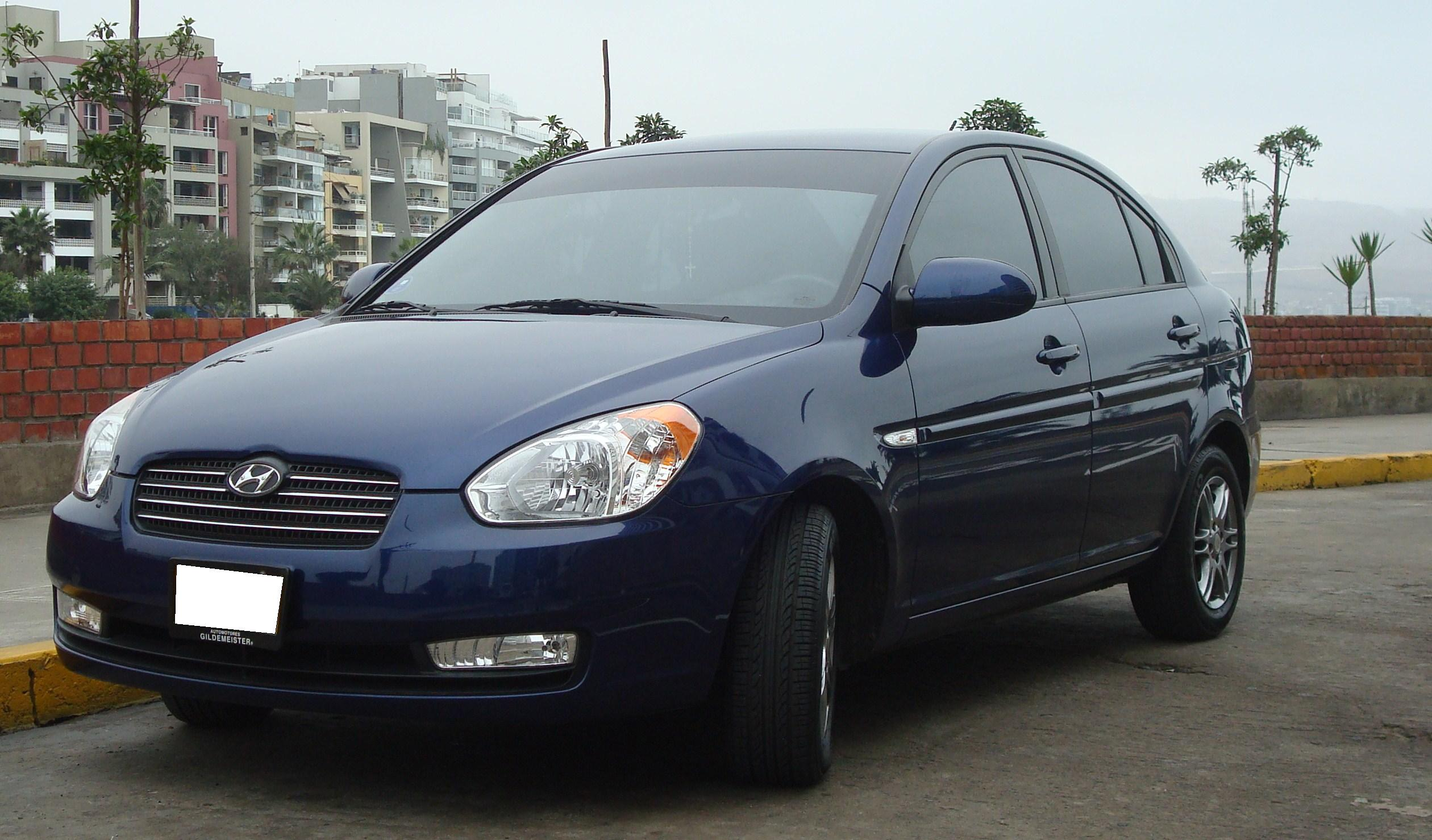 2009 hyundai accent photos informations articles. Black Bedroom Furniture Sets. Home Design Ideas