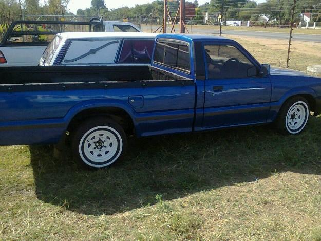 1988 Ford Courier #9