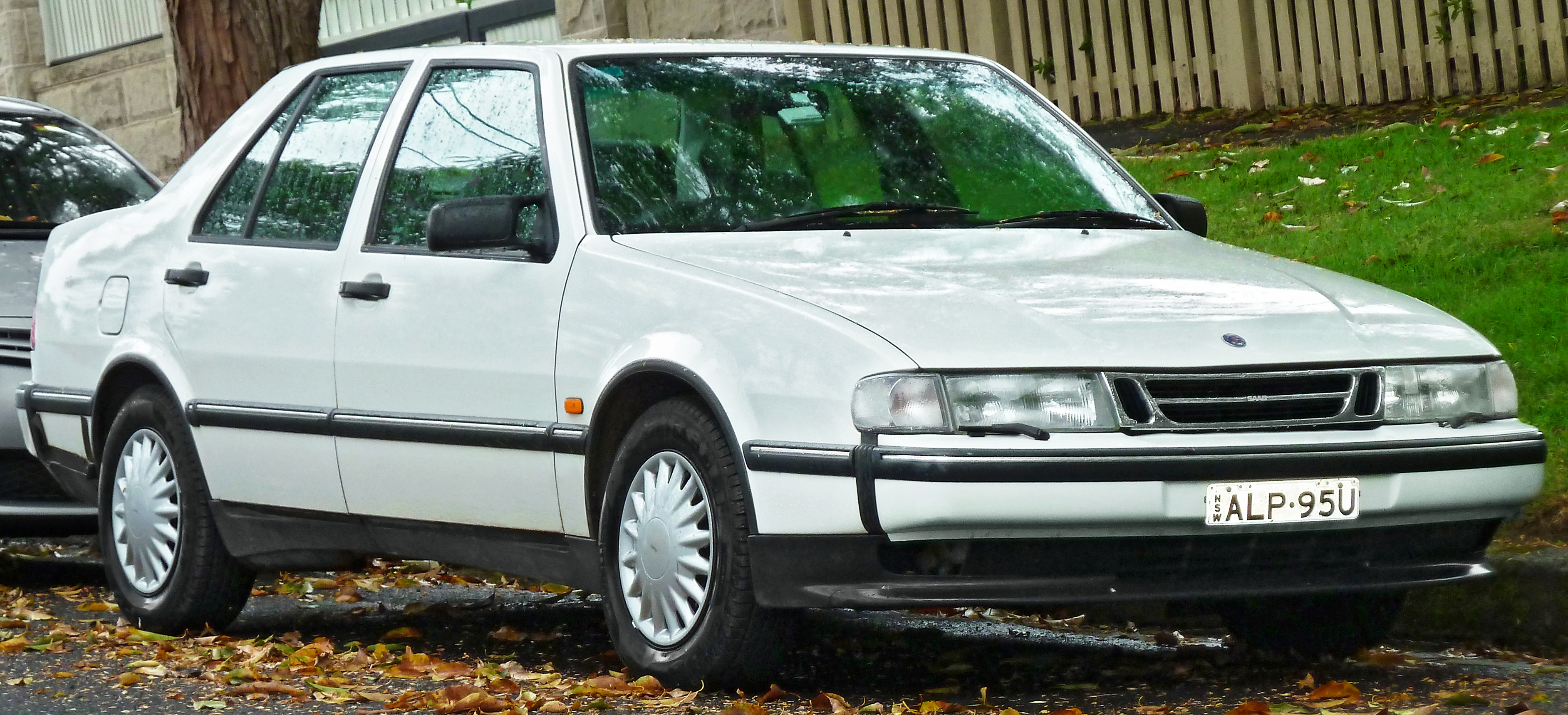 1994 saab 9000 photos informations articles. Black Bedroom Furniture Sets. Home Design Ideas