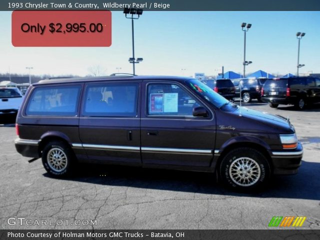 1993 Chrysler Town And Country #6