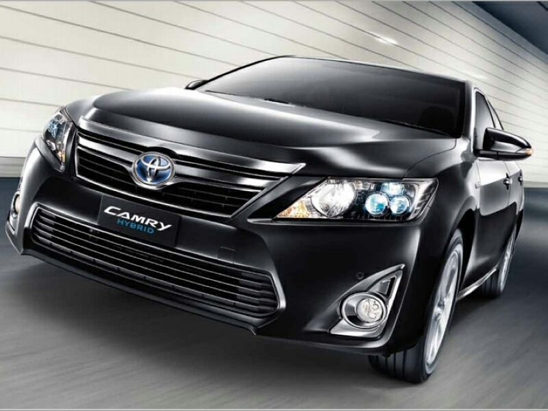 2014 toyota camry hybrid photos informations articles. Black Bedroom Furniture Sets. Home Design Ideas