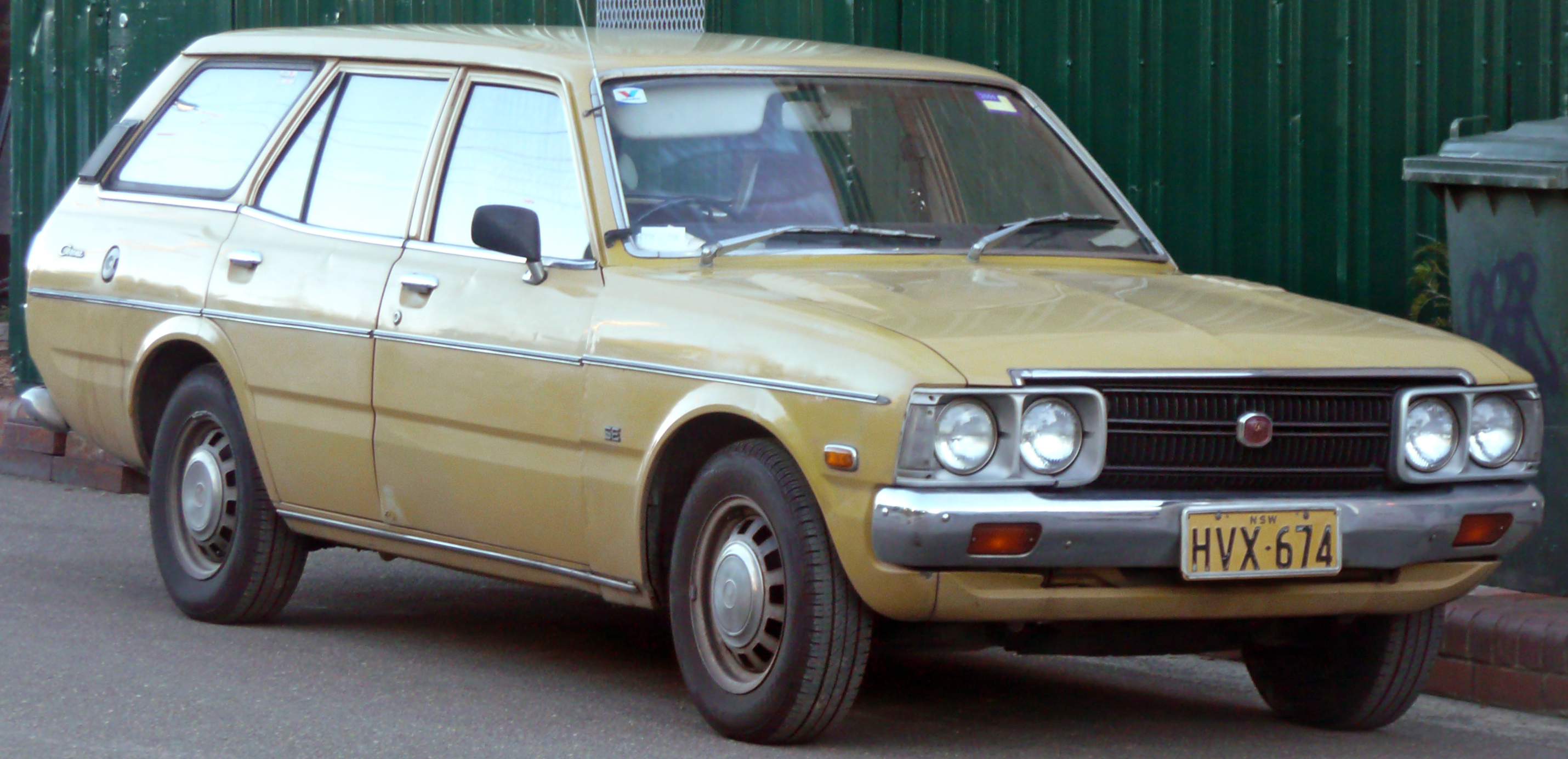 1976 Toyota Corona Photos, Informations, Articles ...
