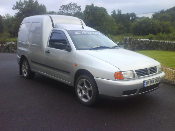 2000 Volkswagen Caddy #2