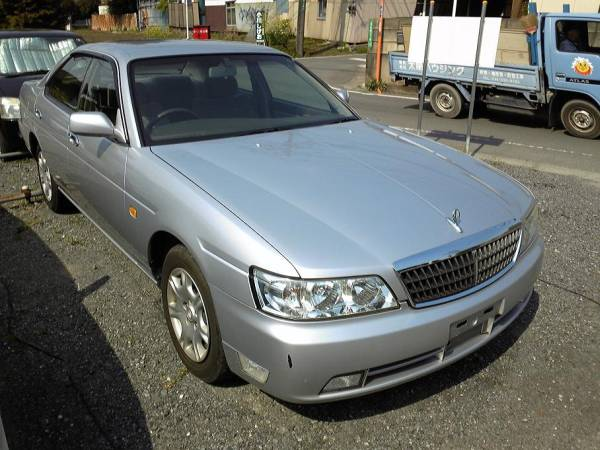2001 Nissan Laurel #1