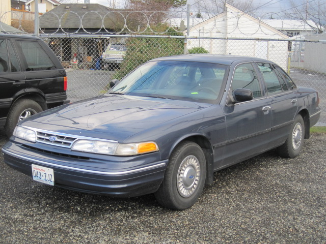 1997 Ford Crown Victoria #15