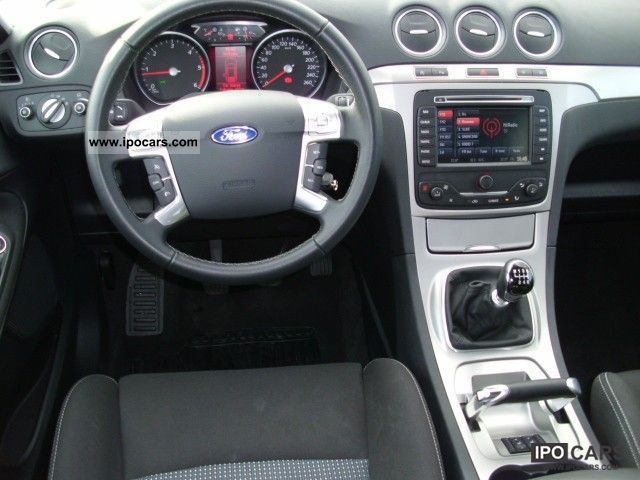 2011 Ford S-Max #7