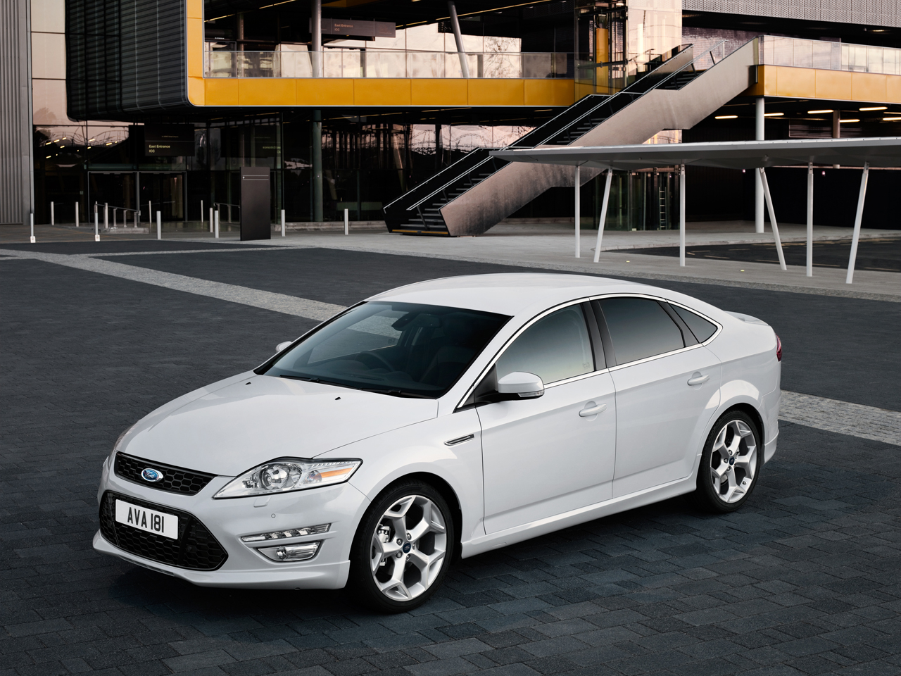 2011 Ford Mondeo #6