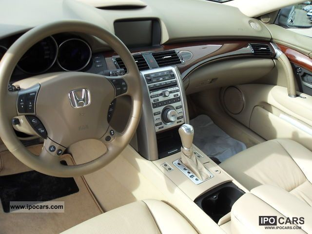 2010 Honda Legend #3