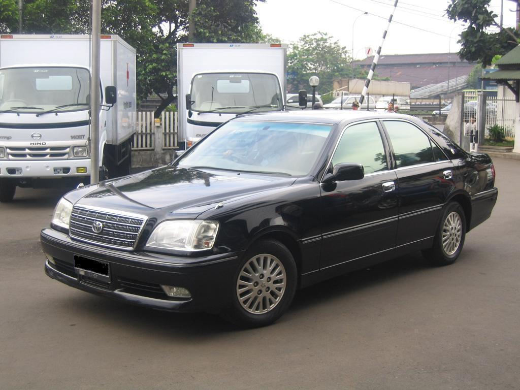 2003 Toyota Crown #10
