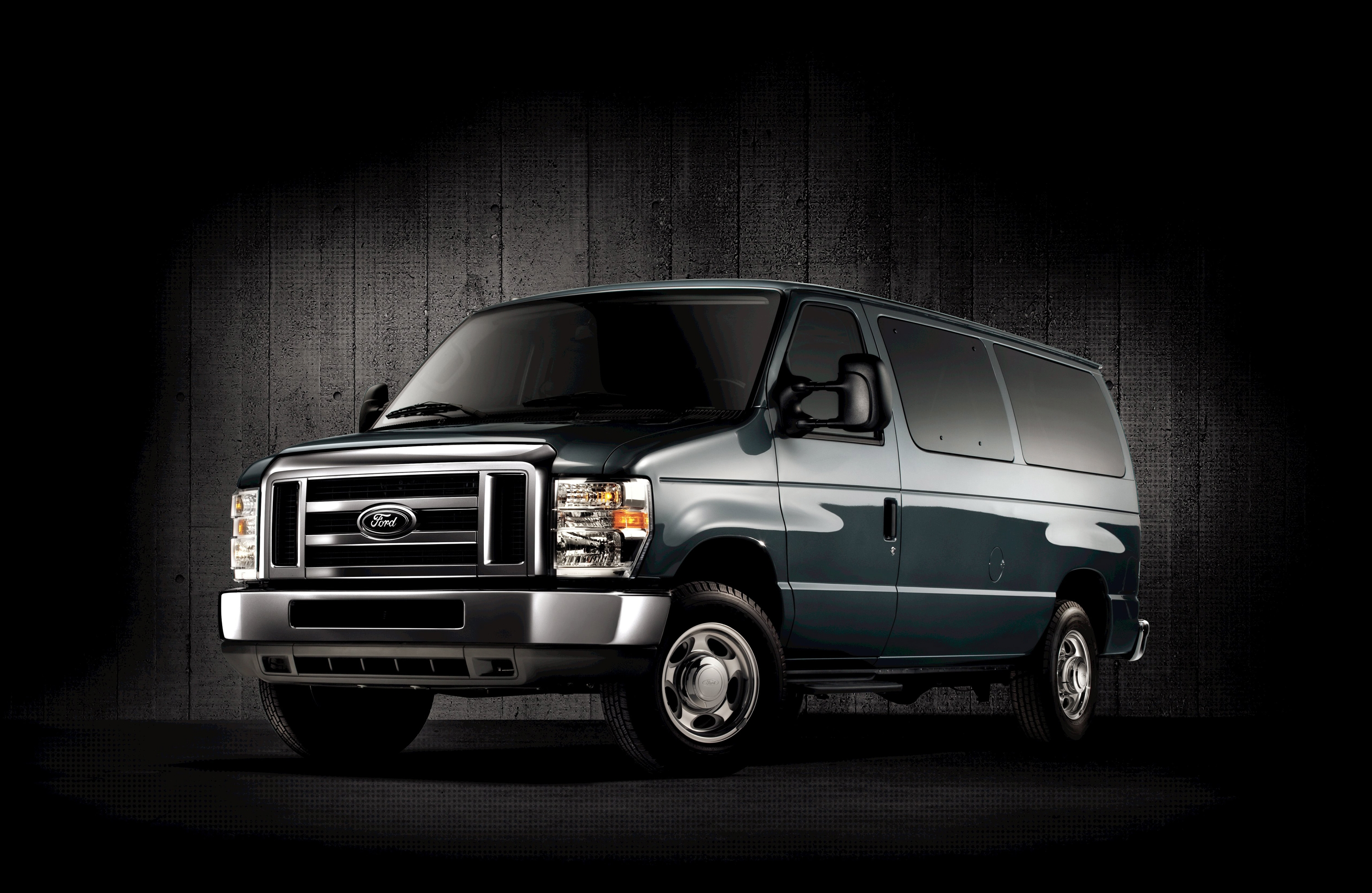 2011 Ford E-series Van #10