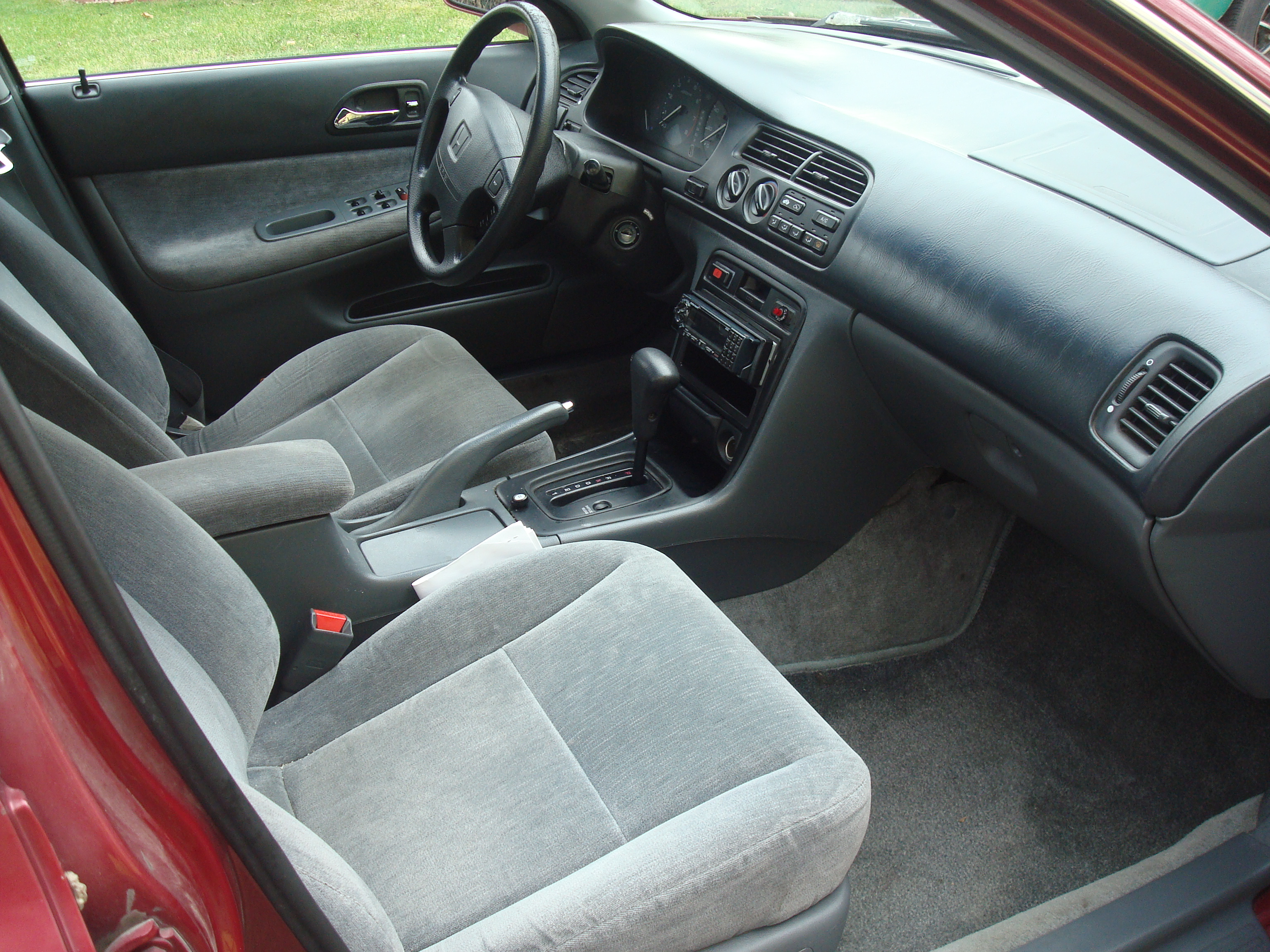 1994 Honda Accord #9
