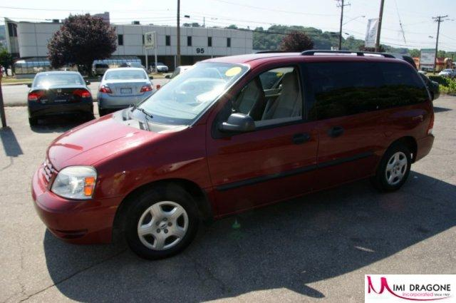 2004 Ford Freestar #9