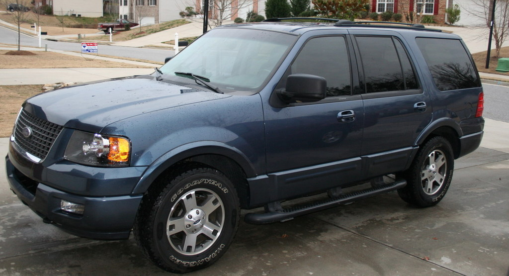 2003 Ford Expedition #10