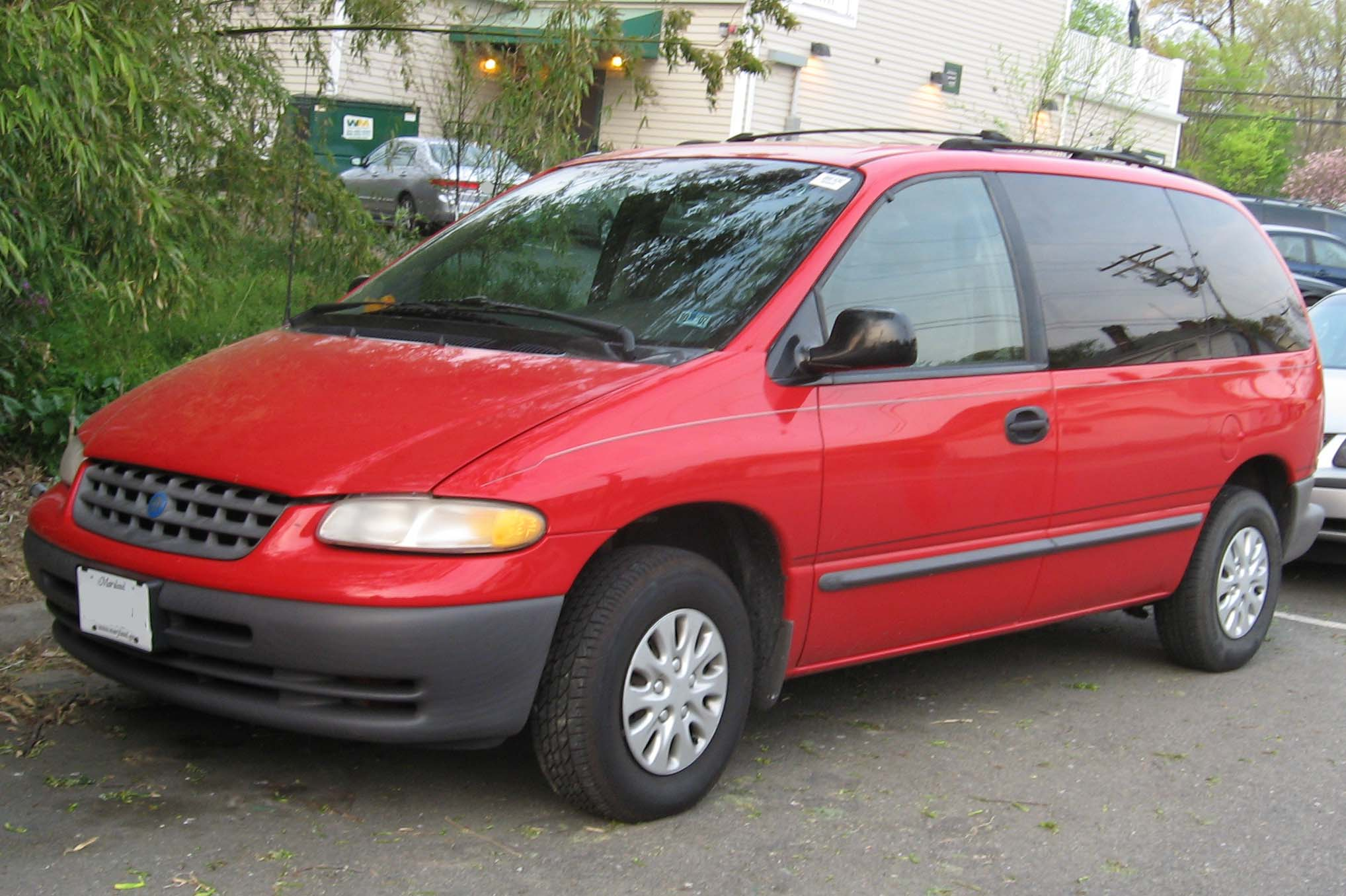 1999 Plymouth Voyager #9