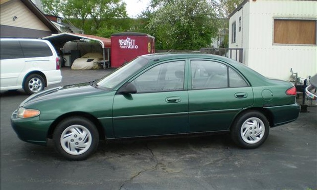 1999 Ford Escort Photos Informations Articles
