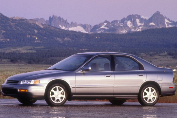 1994 Honda Accord #2