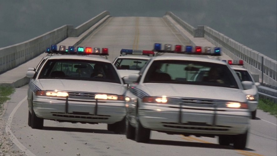 1995 Ford Crown Victoria #11