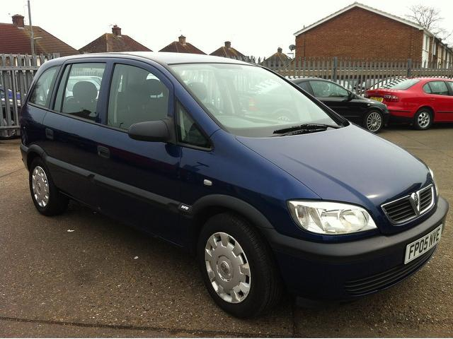 2005 vauxhall zafira photos informations articles. Black Bedroom Furniture Sets. Home Design Ideas