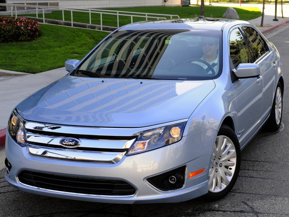 2011 Ford Fusion #3