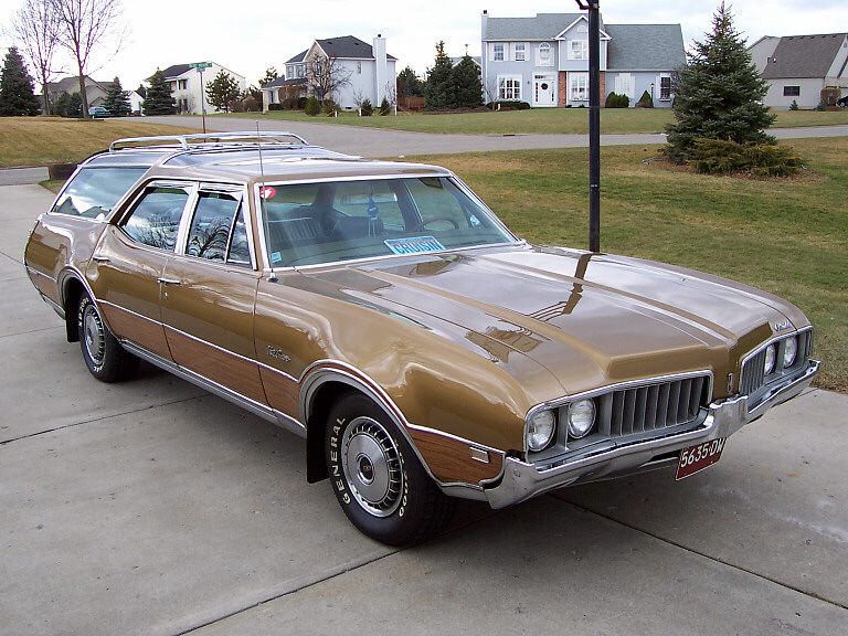 1969 Oldsmobile Vista Cruiser #7