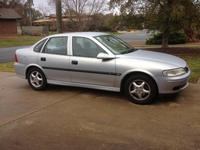 2000 Holden Vectra #3