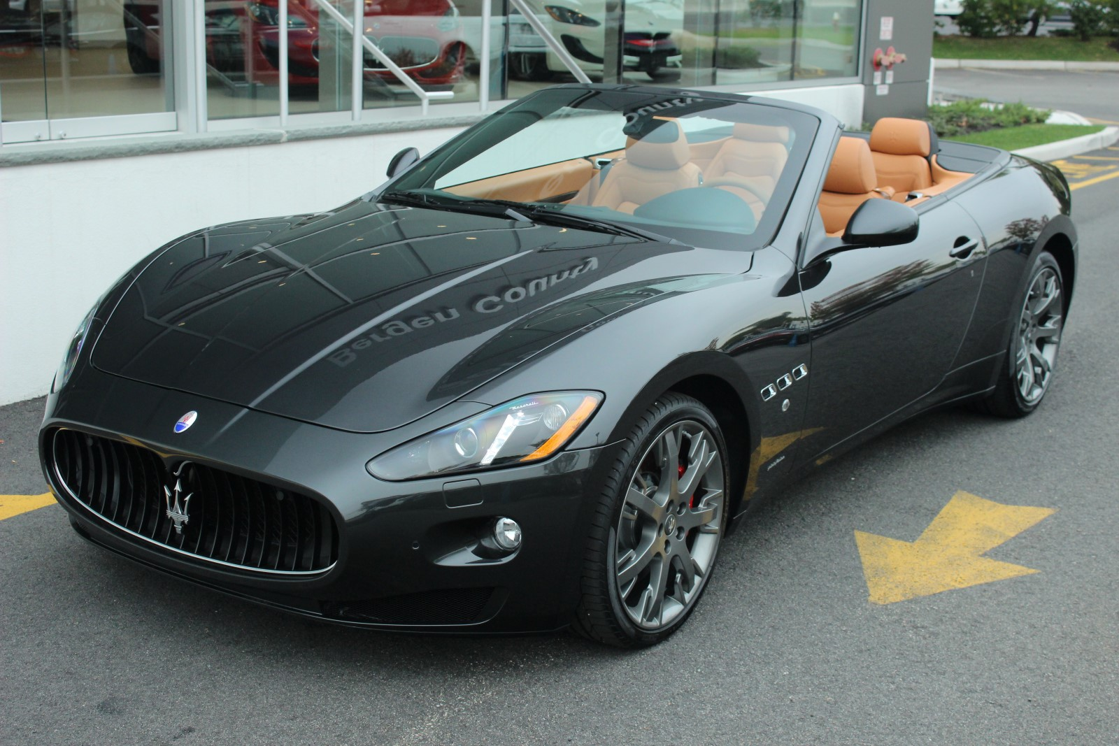 2015 maserati granturismo convertible photos informations articles. Black Bedroom Furniture Sets. Home Design Ideas