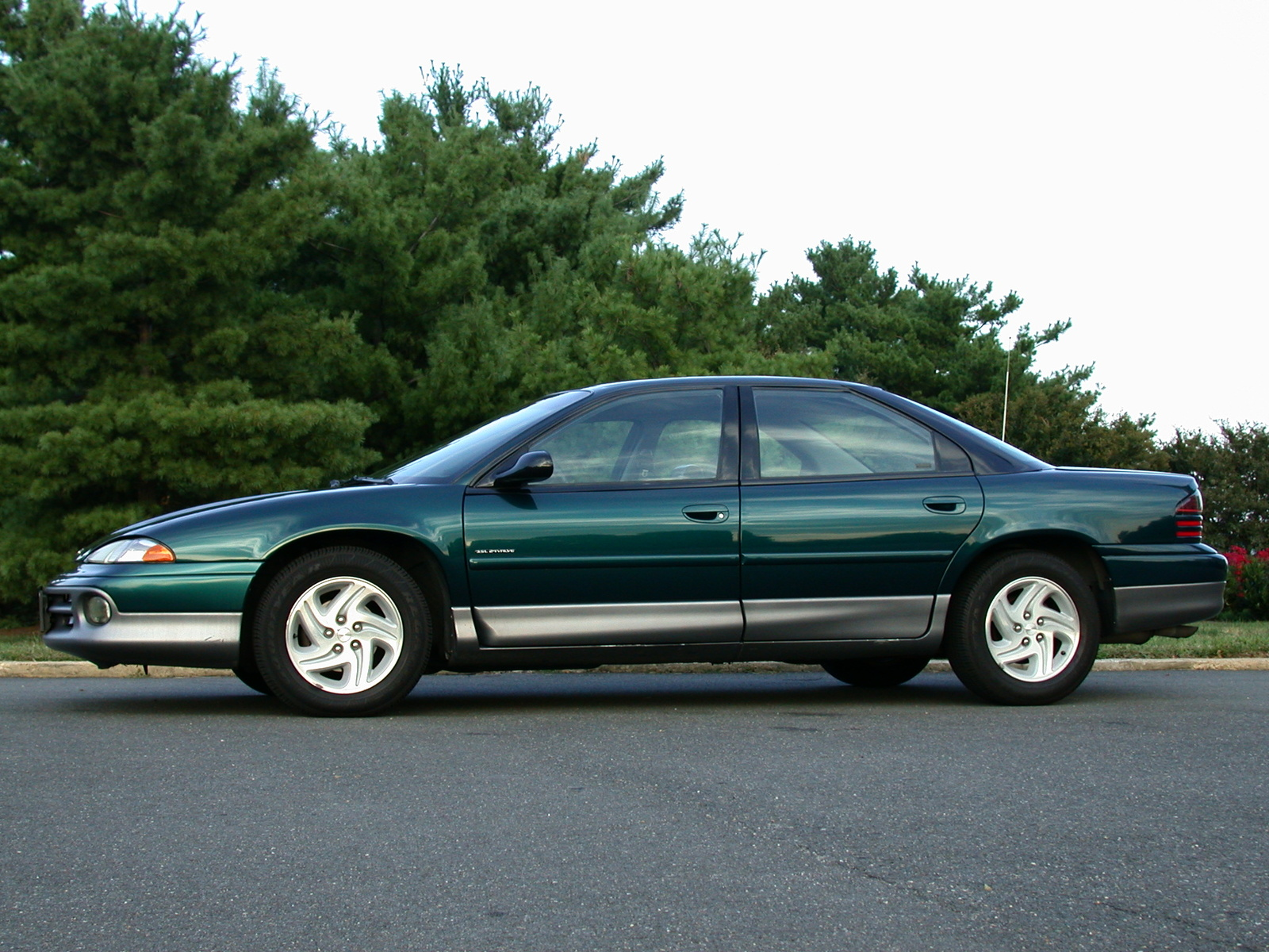 1994 Dodge Intrepid #4