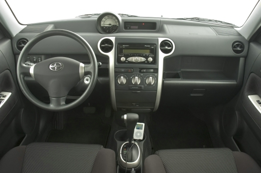 2006 Scion Xb #2